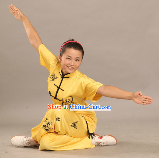 Short Sleeves Yellow Color Silk Martial Arts Competition Suit