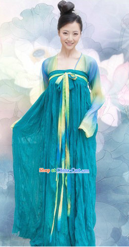 Traditional Tang Dynasty Dresses for Women