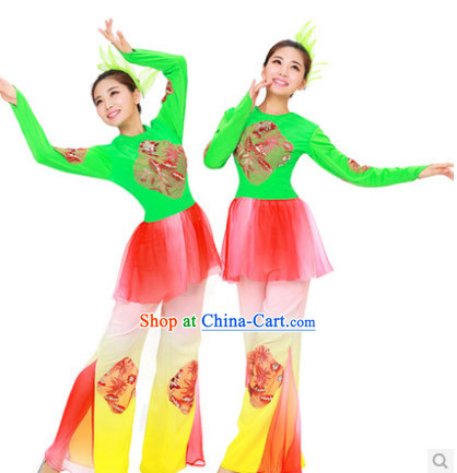Chinese Folk Dance Costume and Headdress