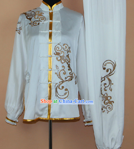 Traditional White Silk Embroidery Martial Arts Competition Uniform for Men