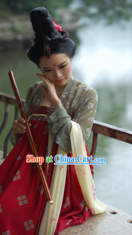 The Chinese Tang Dynasty Clothing  and Hat Complete Set for Women