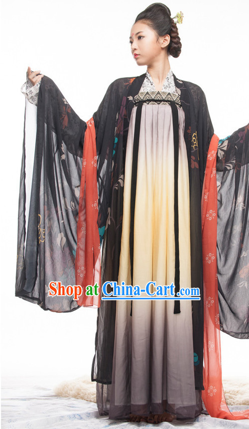 Large Sleeve Gown Traditional Chinese Attire for Women