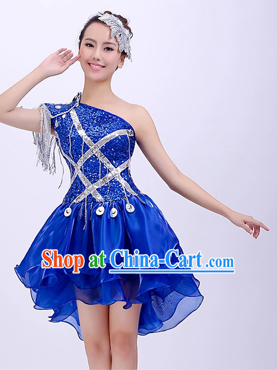Chinese Dancing Outfit and Hair Decorations for Girls