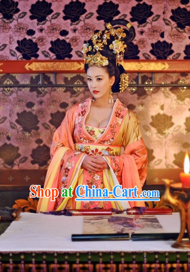 Traditional Chinese Emperss Clothing and Hair Ornaments Complete Set