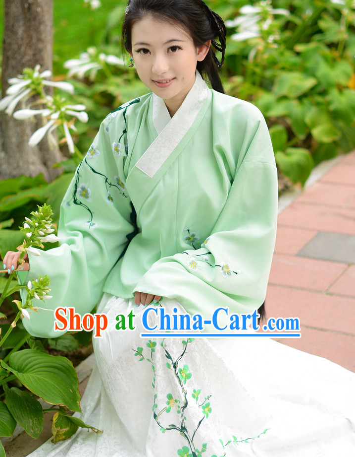 Chinese Traditional Dress for Woen