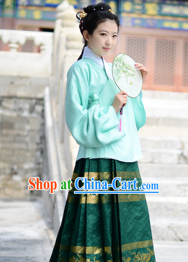 Song Dynasty Lady Clothing