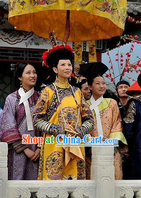 Chinese Empress Clothing and Hat with Phoenix Emboridery