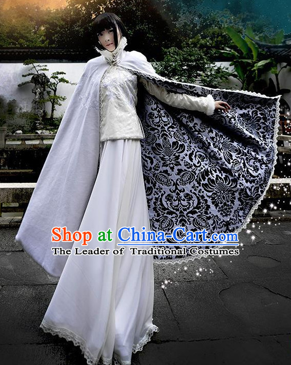 China Mysterious Lady Halloween Costumes and Mantle Complete Set for Women