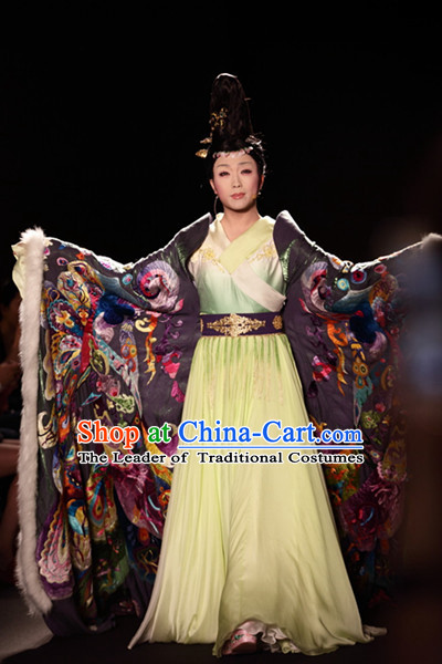 Stage Performance Ancient Chinese Empress Costumes and Hair Accessories