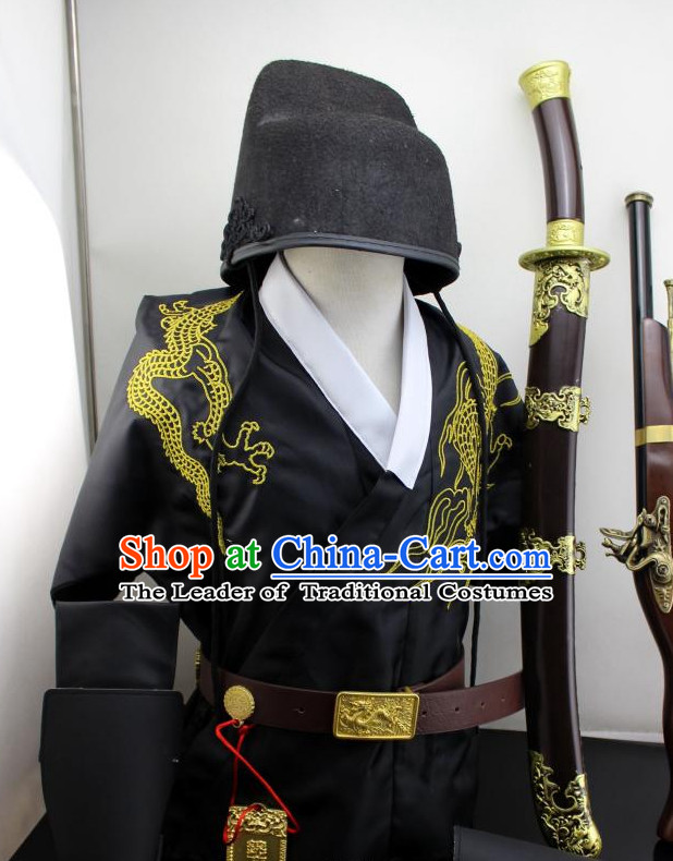 Ming Dynasty Dragon Robe and Hat for Men