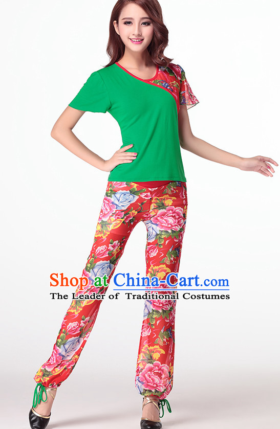Folk Asia Chinese Festival Parade and Stage Fan Dance Costume Wholesale Clothing Group Dance Costumes Dancewear Supply for Women