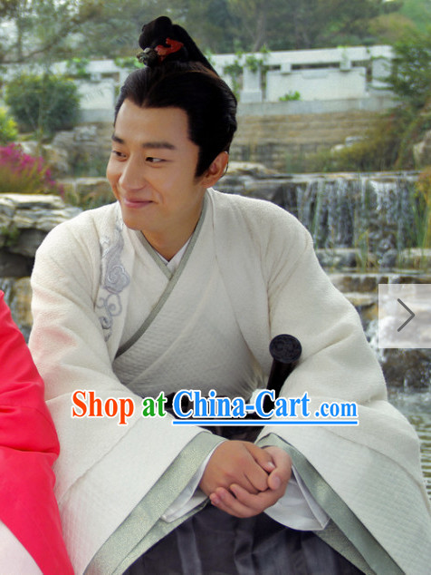 Chinese Dramaturgic Gowns and Robes for Men