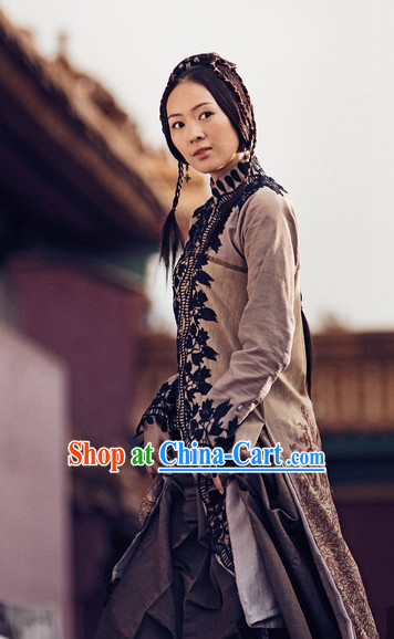 China Kung Fu Female Sifu Master Long Gown
