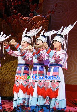 China Miao Women's Clothing and Hat