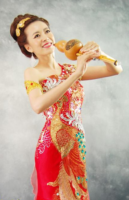 Formal Thai National Costumes for Women