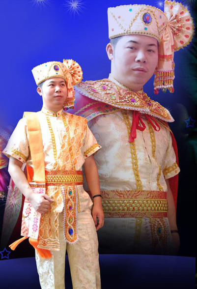 Formal Thai Folk Costumes and Hat