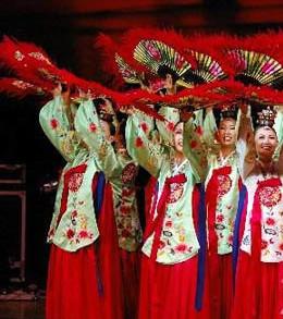 c2fe110bab17 Korean Hanbok Traditional Korea Clothing Wedding Dress Birthday ...