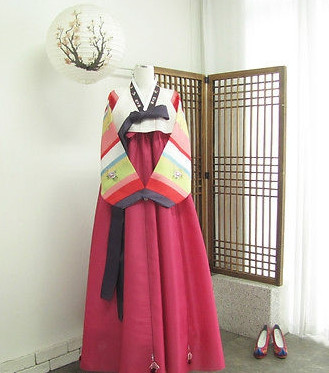 Asian Fashion Korean National Costume for Women