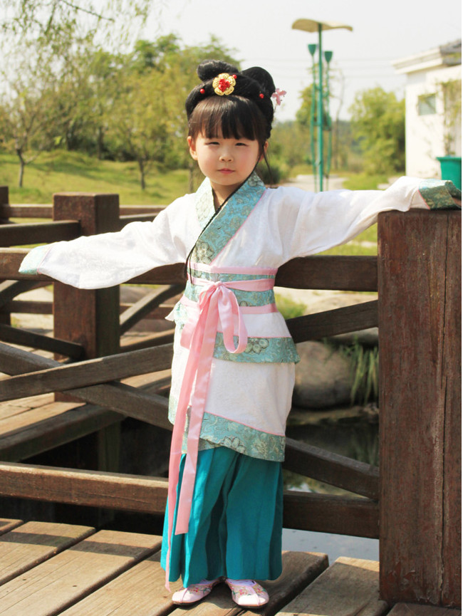 Chinese Traditional Hanfu Quju Clothes for Kids