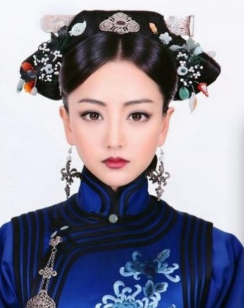 Qing Dynasty Noblewomen Wig and Hair Jewelry
