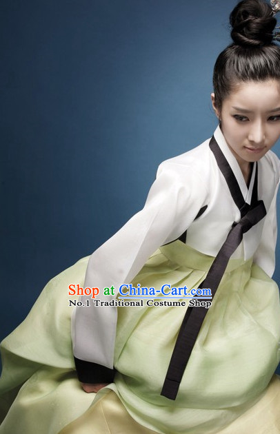 Top Korean Folk Clothing Complete Set for Women