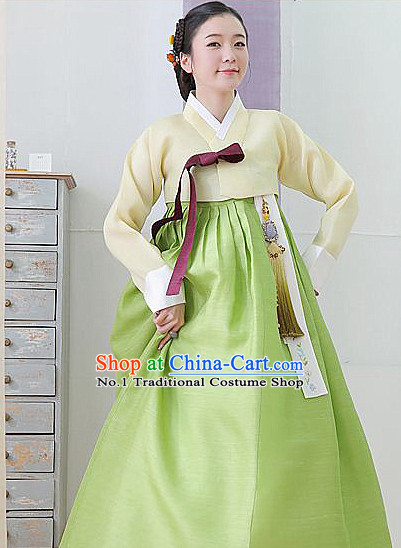 Top Korean Female Clothing Complete Set