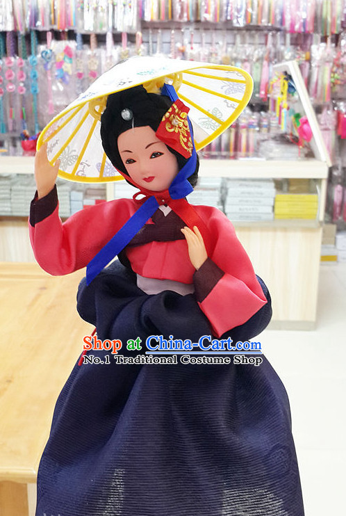 Korean Traditional Hanbok Artist Statue