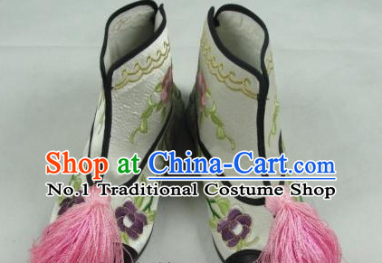 Chinese Peking Opera Embroidered Boots for Women