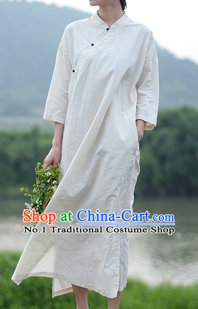 Chinese Traditional Mandarin Attire for Women