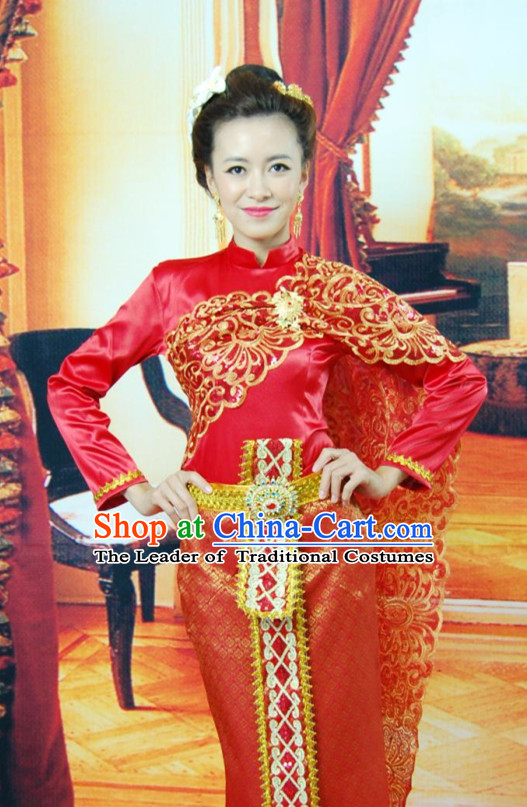 Traditional Thailand Red Clothes for Women