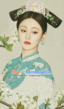 Qing Dynasty Female Wigs and Hair Jewelry Set