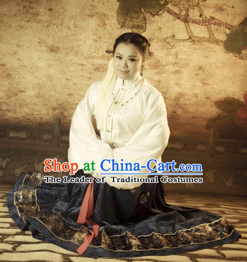 Chinese Classic Ming Dynasty Clothes for Women