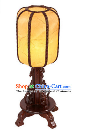 Chinese Ancient Handmade and Carved Natural Wood Desk Lantern