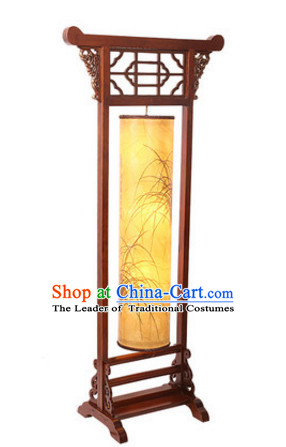 Chinese Ancient Handmade and Carved Natural Wood Floor Palace Lantern