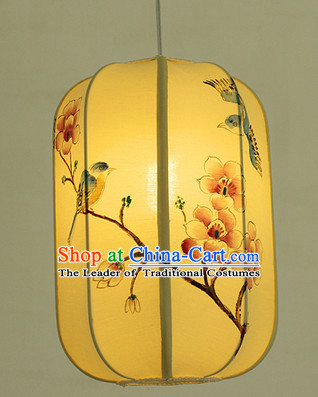 Chinese Classical Handmade and Painted Silk Hanging Palace Lantern