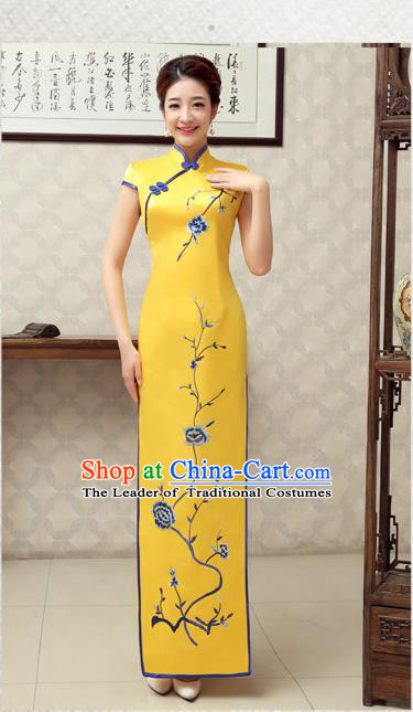 Ancient Chinese Costumes, Manchu Clothing Qipao, Retro Mandarin Collar Embroidered Long Silk Cheongsam, Traditional Cheongsam Wedding Toast Dress for Bride