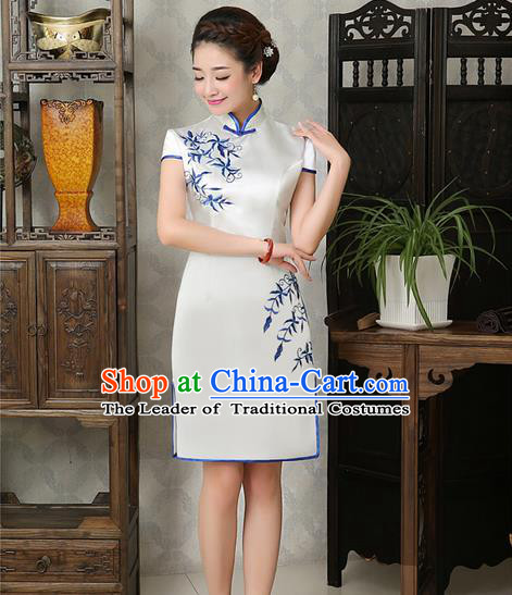 Ancient Chinese Costumes, Manchu Clothing Qipao, Improved Mandarin Collar Embroidered Silk Short Cheongsam, Traditional Cheongsam Wedding Toast Dress for Bride