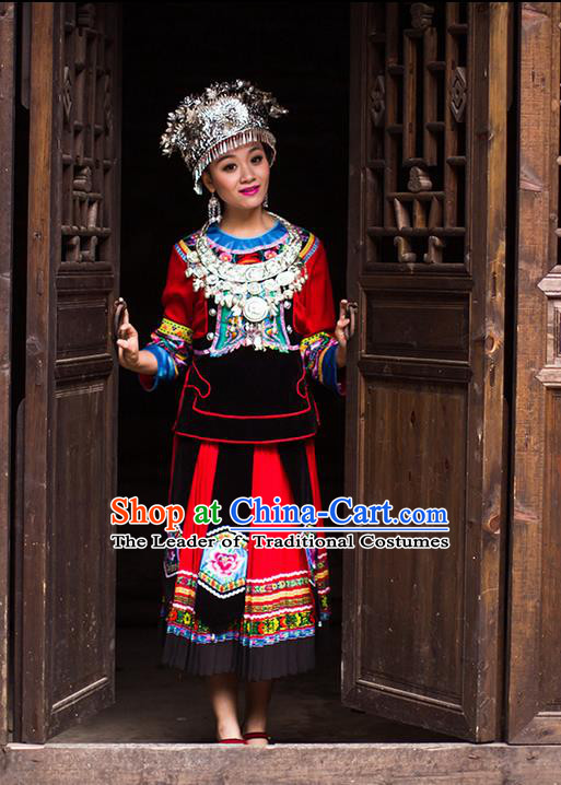 Traditional Chinese Miao Nationality Dancing Costume Accessories Necklace, Female Folk Dance Ethnic Pleated Skirt and Headwear, Chinese Minority Nationality Embroidery Costume and Hat for Women