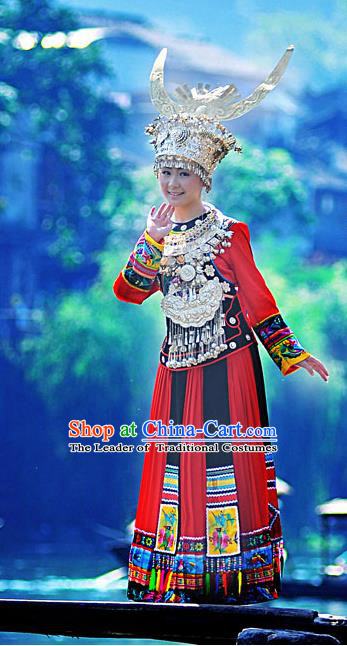 Traditional Chinese Miao Nationality Dancing Costume Accessories Necklace, Longevity Lock, Female Folk Dance Ethnic Pleated Skirt and Headwear, Chinese Minority Nationality Embroidery Costume and Hat for Women
