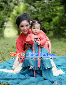 Chinese Traditional Tang Dynasty Clothing for Women
