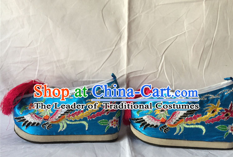 China Beijing Opera Embroidered Phoenix Shoes