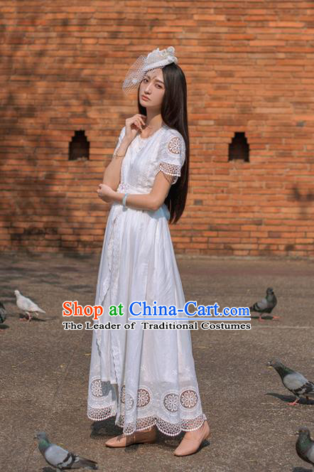 Traditional Classic Elegant Women Costume One-Piece Dress, Restoring Ancient Princess Cotton Embroidered Long White Dress for Women