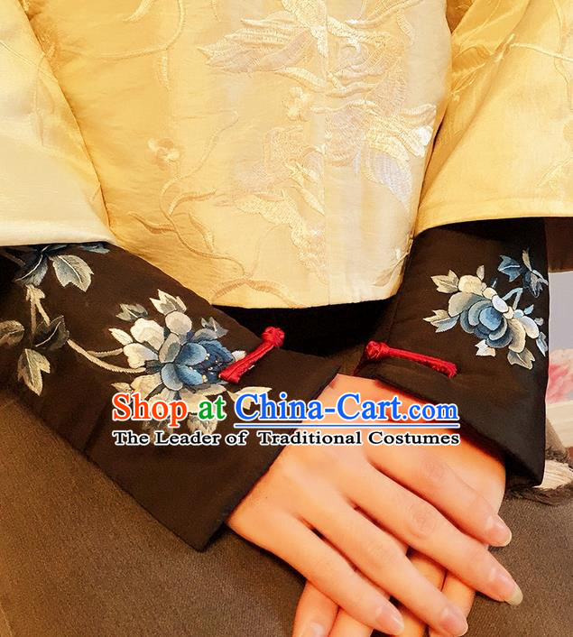 Traditional Classic Women Clothing, Traditional Classic Chinese Silk Cotton Embroidery Cuff Embroidery Sleevelet