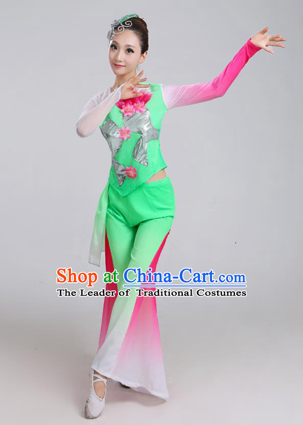 Traditional Chinese Yangge Dance Embroidered Green Costume, Folk Fan Dance Uniform Classical Umbrella Dance Clothing for Women