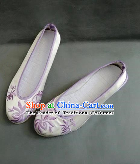 Asian Chinese Shoes Wedding Shoes Kung fu Shoes, Traditional China Opera Shoes Hanfu Shoes Embroidered Lotus Purple Shoes