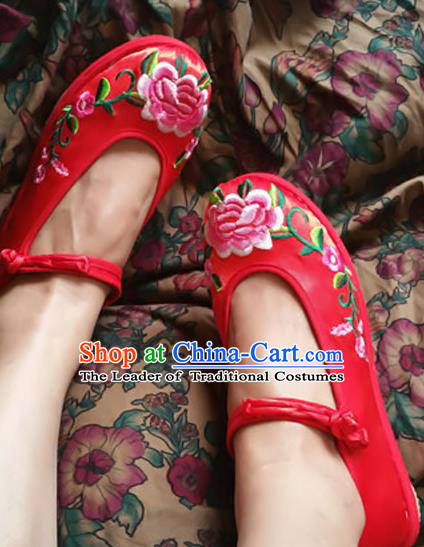 Traditional Chinese National Red Embroidered Shoes, China Handmade Shoes Hanfu Embroidery Peony Cloth Shoes for Women