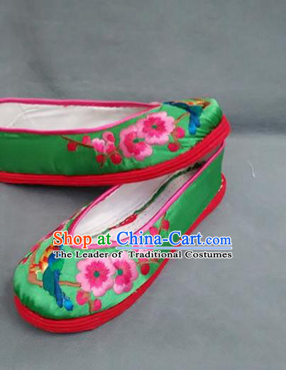 Traditional Chinese National Green Silk Shoes Embroidered Shoes, China Handmade Shoes Hanfu Embroidery Wintersweet Shoes for Women