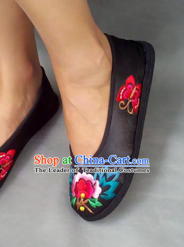 Traditional Chinese National Black Cloth Shoes Embroidered Shoes, China Handmade Shoes Hanfu Embroidery Butterfly Peony Shoes for Women