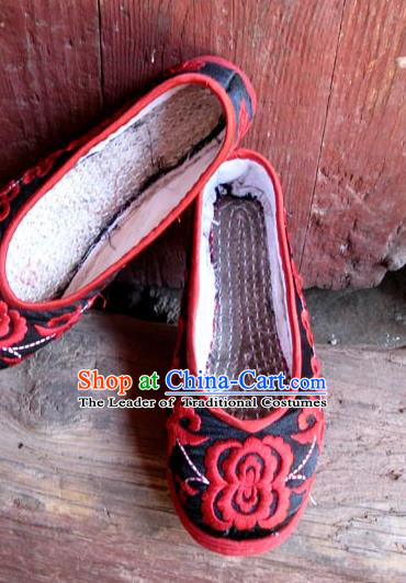 Traditional Chinese National Black Silk Shoes Embroidered Shoes, China Handmade Shoes Hanfu Embroidery Peony Shoes for Women