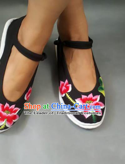 Traditional Chinese National Black Cloth Shoes Embroidered Shoes, China Handmade Shoes Hanfu Embroidery Lotus Shoes for Women